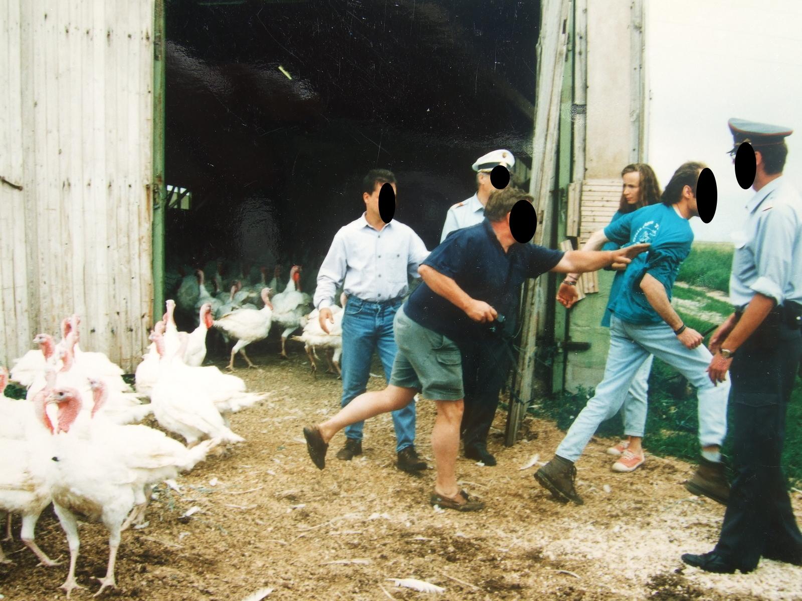 1996-07-06-truthahnaktion-11schwarz